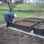 Inga i sin nya köksträdgård, Lanna gård