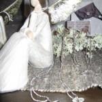 Smycken och änglar i handelsboden