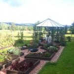 Köksträdgården i Kilsbergen blev så fin hemma hos Leif o Marianne