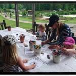 Barnen fick rita sin trädgård hos mig